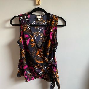 A New Day Floral V Neck Wrap Tie Top (size XS)